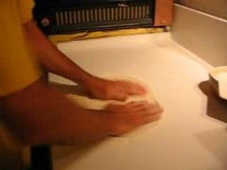 Etalage pâte manuel pour une meilleur qualité moelleuse et croustillante.,