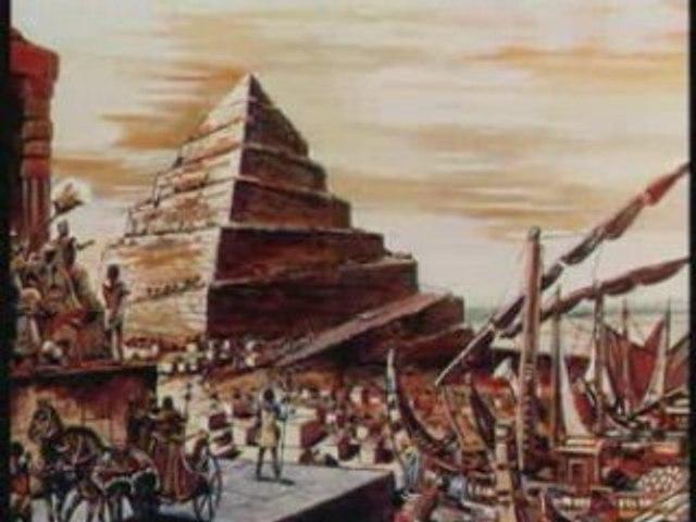 Des pyramides etranges