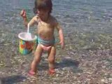 Elena 20 mois sortie île de porquerolles 2