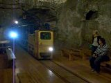 train dans la mine de sel a bochnia