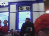 Ambiance dans un pub de Liverpool lors de Everton -Standard