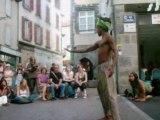 festival d'arts de rue (aurillac 2008) balle de contact