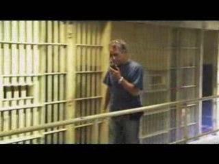 Watchmen - Webisode 3 : Emeutes à la prison