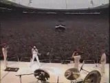 Queen -  We Will Rock You ( Live Aid 1985 )