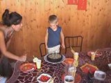 Lucas souffle ses bougies 2 ans