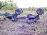 Tracteur valtra au débrousalige fôret de landes video1