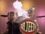 Muppet Show - Dr Teeth batteur fou crazy drummer solo