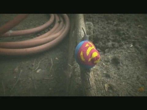 Superman müht sich ab
