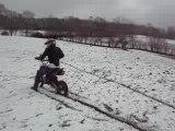 burn dans la  neige en dirt bike