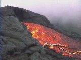 Sur les coulées du volcan Pacaya