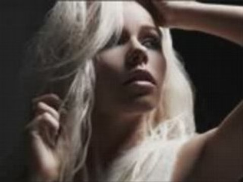 Kerli - Butterfly Cry (NEW SONG) (WITH LYRICS)
