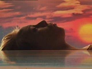 La Roux - Quicksand thumbnail