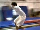 Lucien salto rondade flip