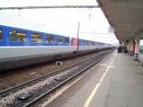 St Pierre des Corps - Arrivée d'un TGV