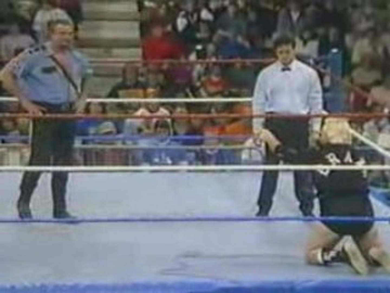 Big Bossman vs Bobby Heenan
