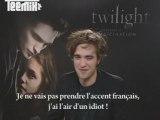 Robert Pattinson parle français