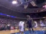NBA Jameer Nelson finds for this alley-oop pass