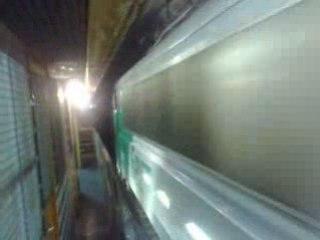 tunnel :ça roule sur l'autre voie