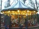Lyon: Départ du manège au parc de la tête d'or