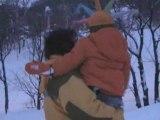 Jules le pirate dans la neige... On s'enfonce dans la neige!