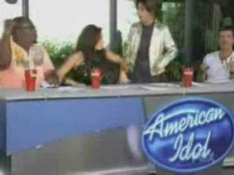 American Idol 2009 - Bikini Girl