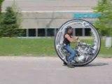 Humour-video-incroyable moto