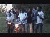 Voila le chanteur ki reveille les jeunes d Acoua pour ces messages
