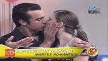 Catalina y Rogelio bailan al amor canta Catalina palacios