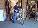 PETIT ESSAIE DU BMX A TOMMY!!!
