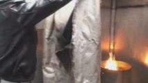 Extinction de feu de friteuse à la couverture