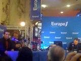 Europe 1 à Marseille : arrivée des comédiens de PBLV
