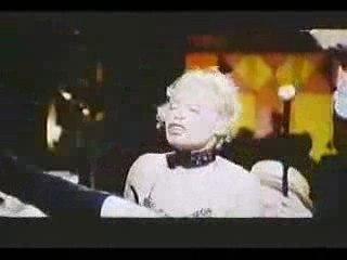 Salon Kitty - Ingrid Thulin - 3