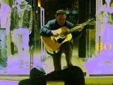 FADO guitariste portuguais à Lisboa quartier Baixa Alto