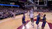 Nba Off the bounce pass from Mo Williams, LeBron James DUNK