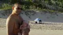 Sur la plage des Salines avec papa