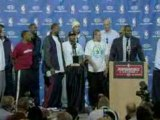 NBA LeBron James asks his teammates to come up on stage with