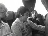En voyage, dans le bus!