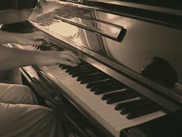 Musique la plus triste du monde - Une Larme Discrète