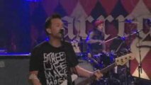 Blink 182 - The Rock Show (Tonight Show 05-18-09)