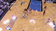 Dwight Howard throws it down off the nice feed from Rafer Al