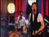 Kaiser Chiefs - Never Miss A Beat (live)