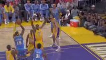 Lamar Odom and Pau Gasol discuss the team's offensive and de