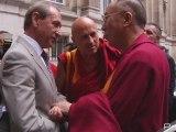 """Le dalaï lama, """"citoyen d'honneur"""" de la Ville de Paris"""