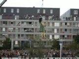 Royal de Luxe : la petite géante danse à Saint-Nazaire